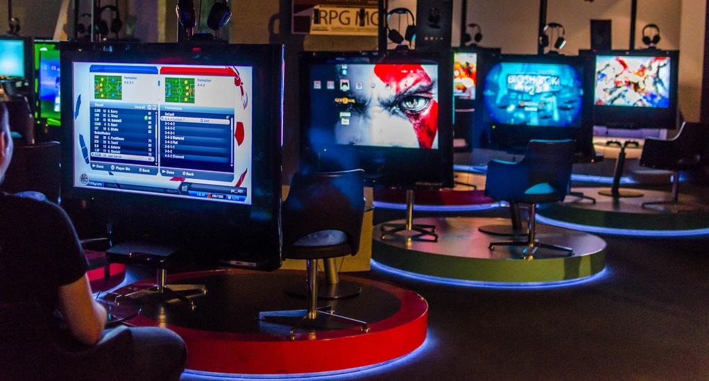 gaming cafe business plan