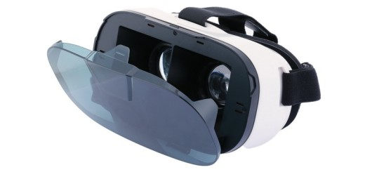FiiT VR headset.