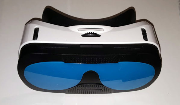 VRToto headset. The knob in the middle adjusts the distance between the lenses. The two on the sides are for the focal distance.