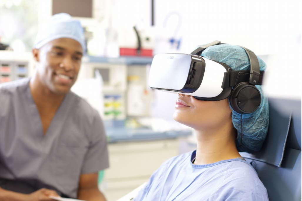 Cedar-Sinai rolls out VR pain relief – Hypergrid Business