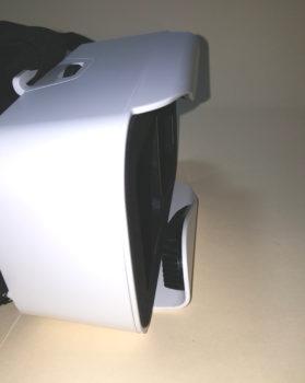 The Shinecon Mini's open-front design.